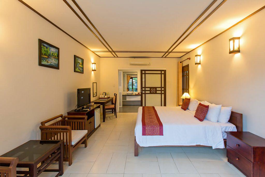 luxury and elegant hotel of karma cay tre