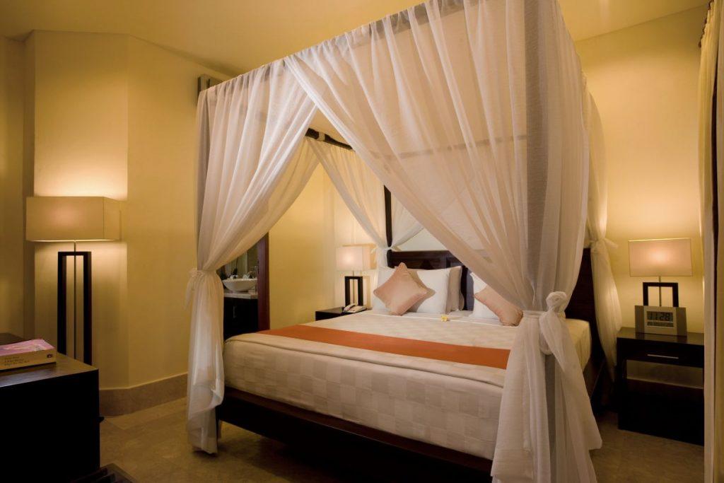 luxury romantic bedroom Karma Royal Candidasa Imperial Apartment