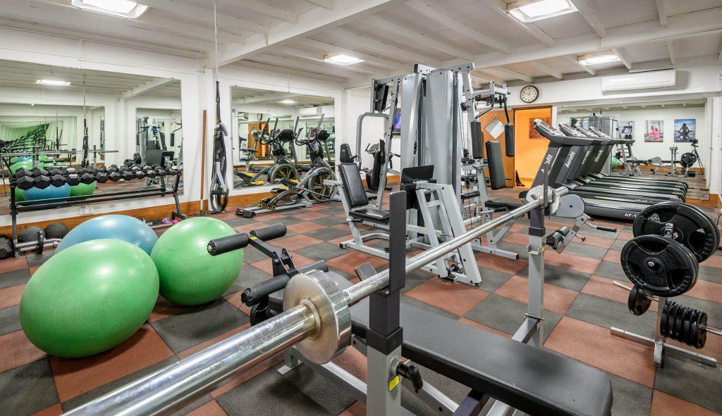 great exercise of luxury hotel Karma Royal Haathi Mahal Gym
