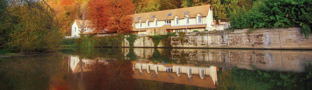 Luxury Residence of Karma Residence Normande bedroom autumn lake view