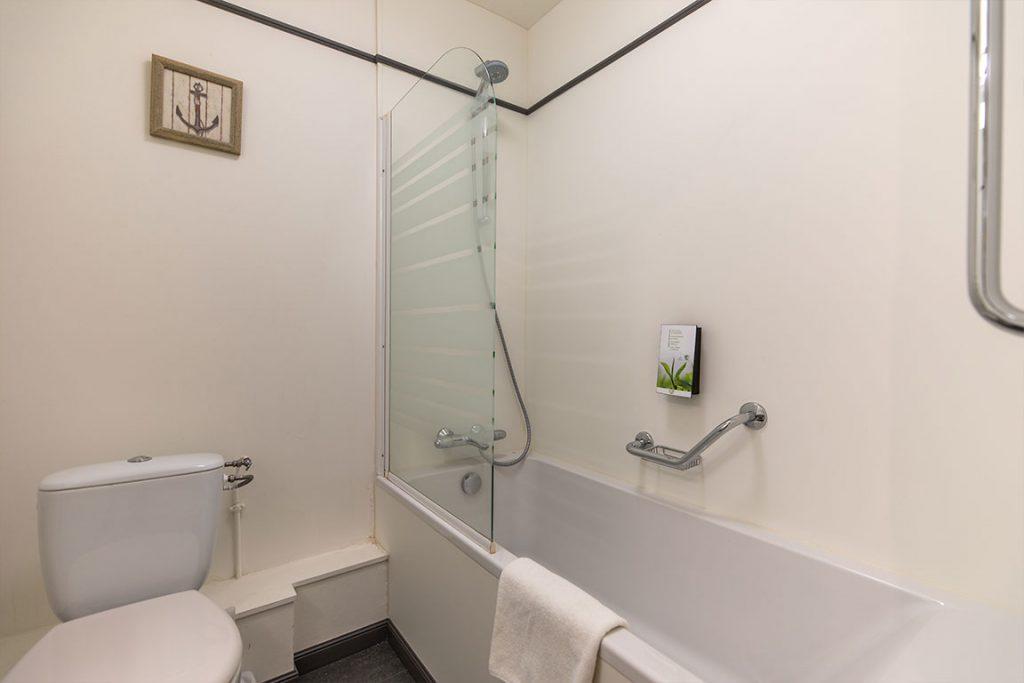luxury residence of Karma Manoir bathroom