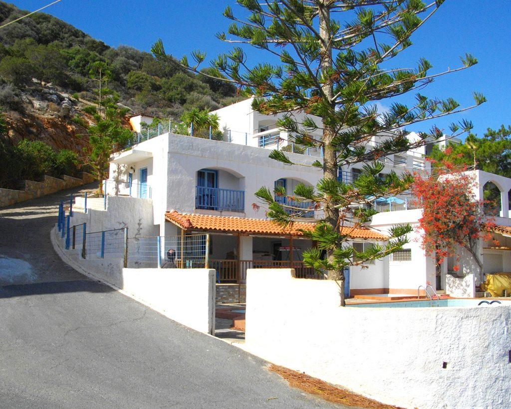 luxury resort of karma minoan front view