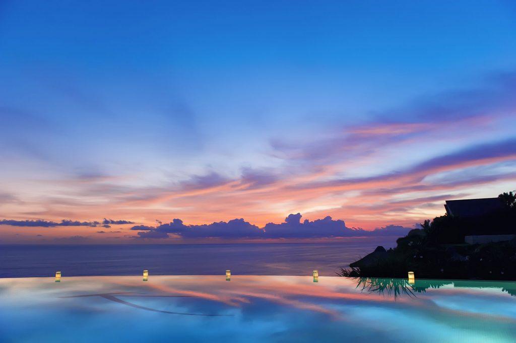 infinity pool luxury hotel karma kandara jimbaran bali