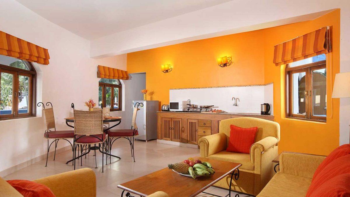 Luxury Hotel of karma royal monterio