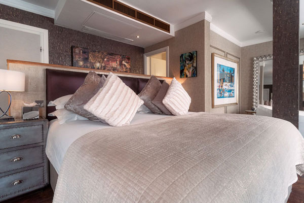 Karma Sanctum Soho Loft Suites