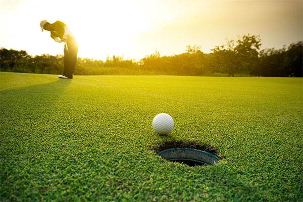 Golf & Barefoot Bowls