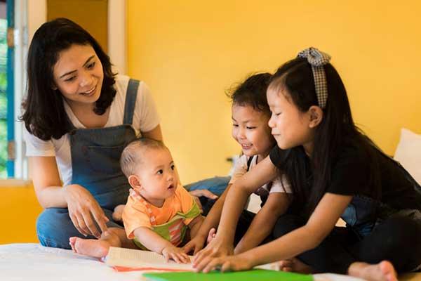 Karma Mayura Babysitting
