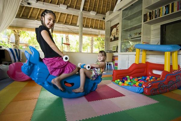 Karma Royal Jimbaran Babysitting