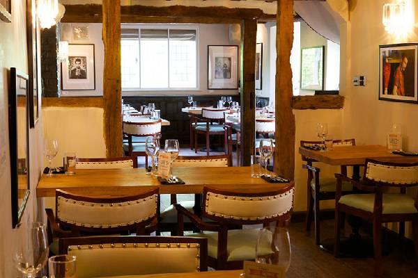 Karma Sanctum on the Green Dining Al Fresco