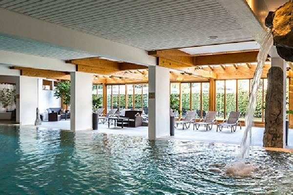 Karma Bavaria Schwimmen und Entspannen