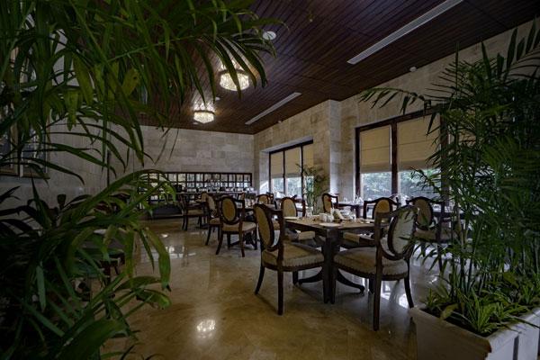 Karma Seven Lakes The Lobby Cafe