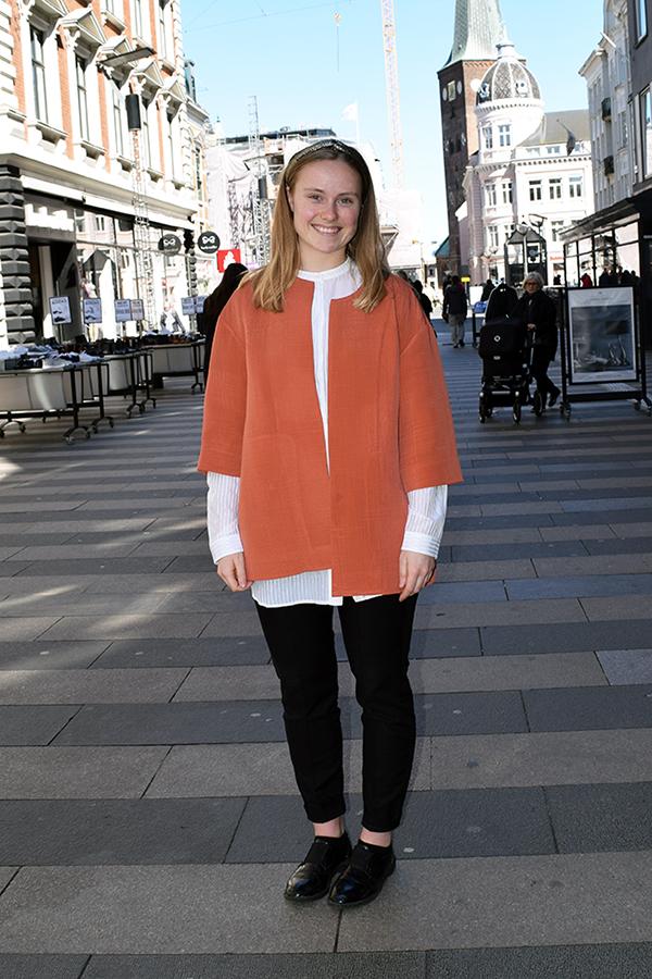 Sara er 23 år og bor i Aarhus