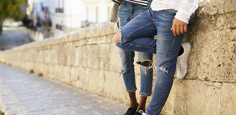Mennesker i flotte bukser