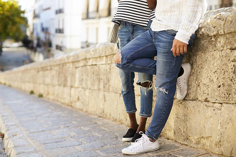 c10fc3dc5b38 Størrelsesguide bukser og jeans ⇒ Find det rette fit til kvinder og mænd