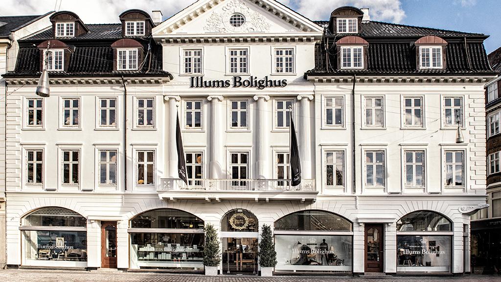 Un grand centre de shopping au centre de Aarhus