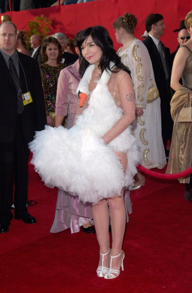Björk in Marjan Pejoski Oscars 2001