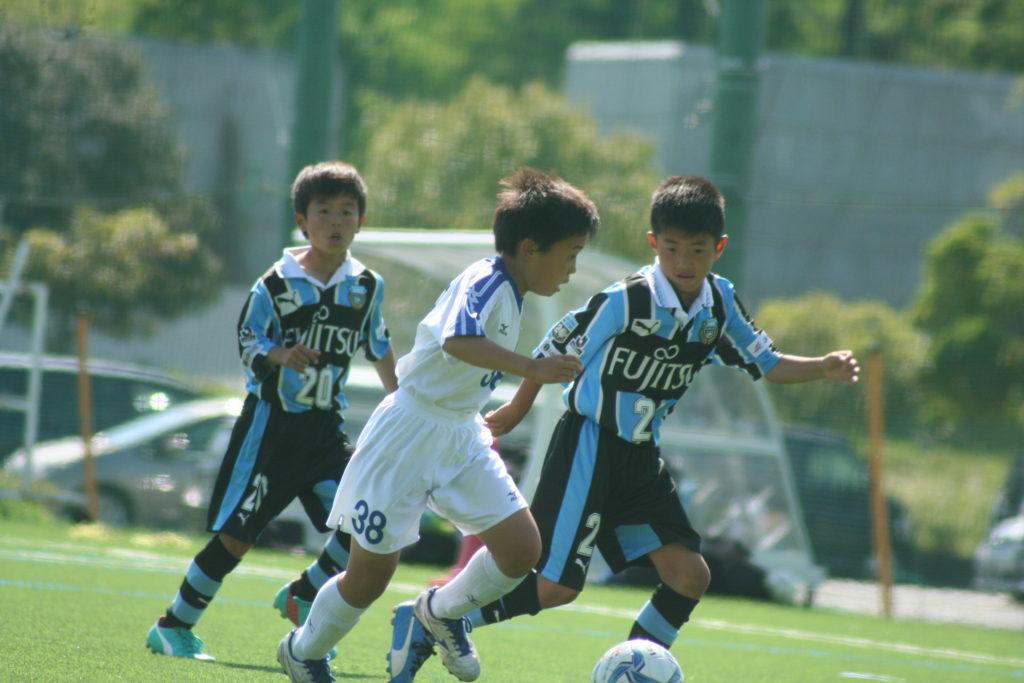 田中陸人選手㊨と前野康成選手