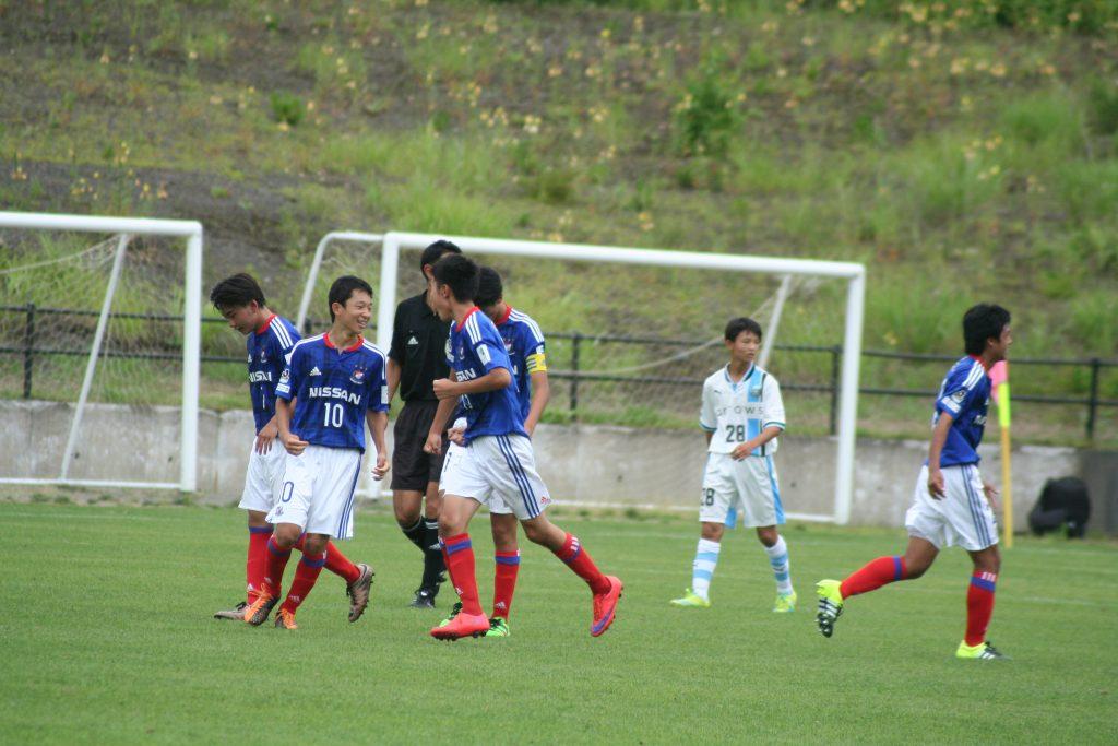 10番粟飯原央統選手のゴールで横浜F・マリノスが追い付く