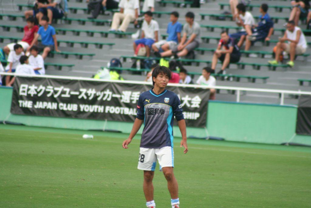 山田新選手
