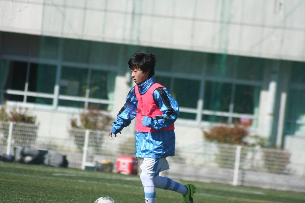 上野暁選手
