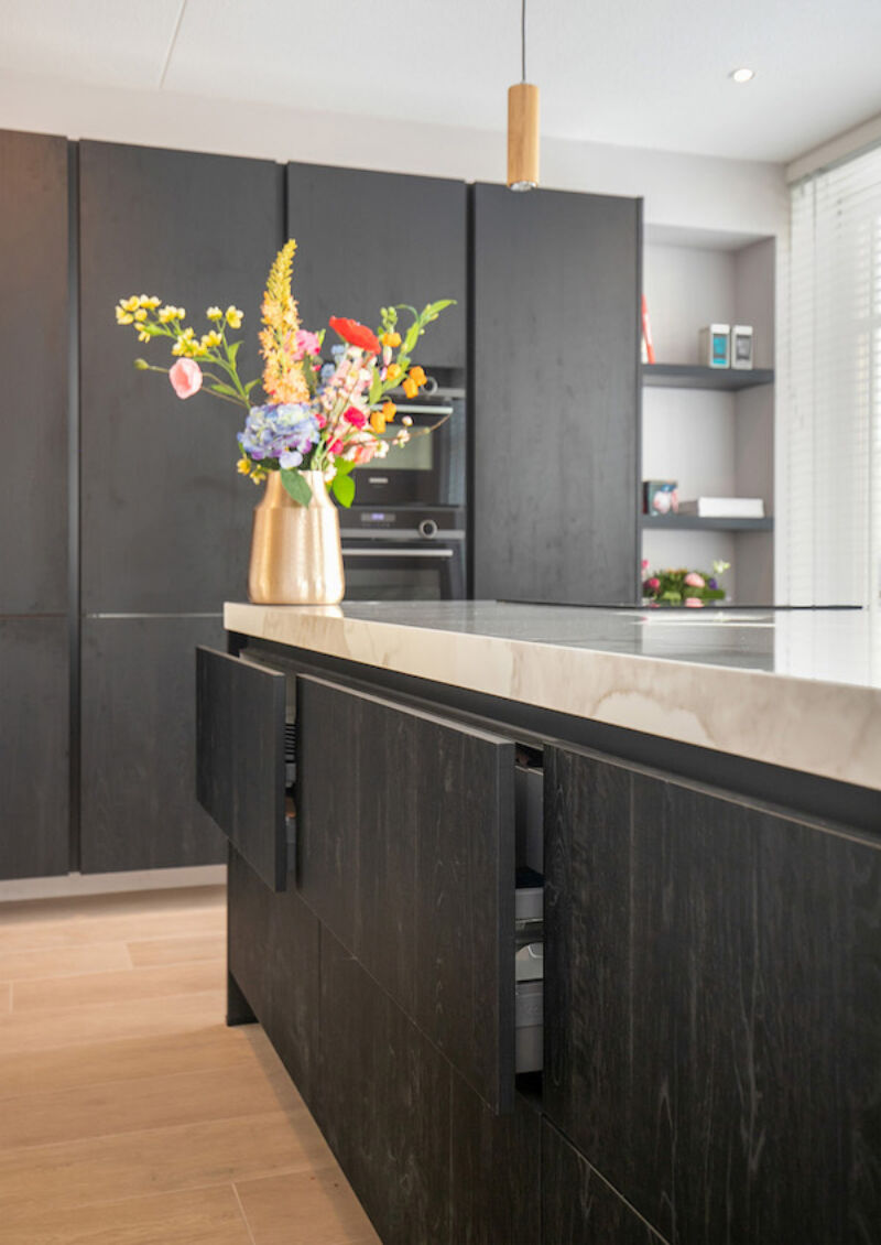 Zwarte Keuken Met Keukeneiland Binnenkijker Smartdesign Keukenstudio