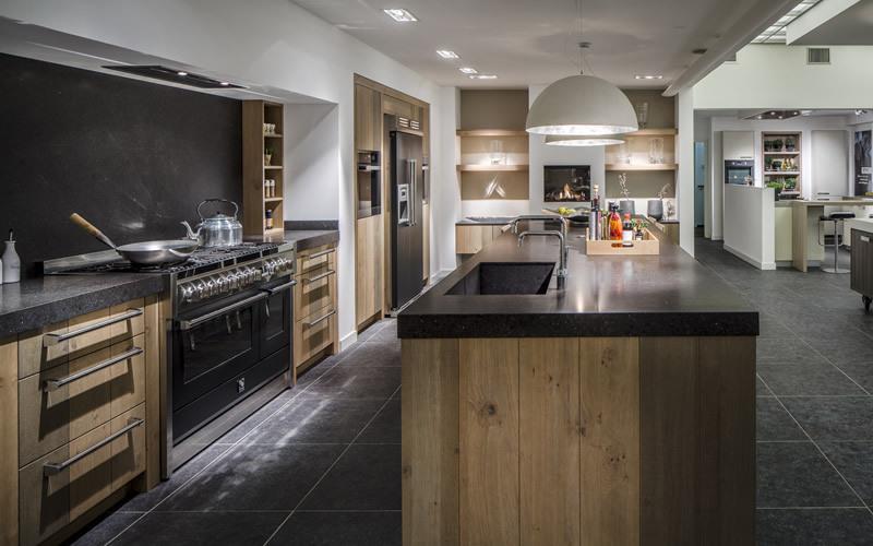 Zwevende Open Keuken : Keukentrends 2017 8 x nieuwe keukentrends keukenstudio maassluis