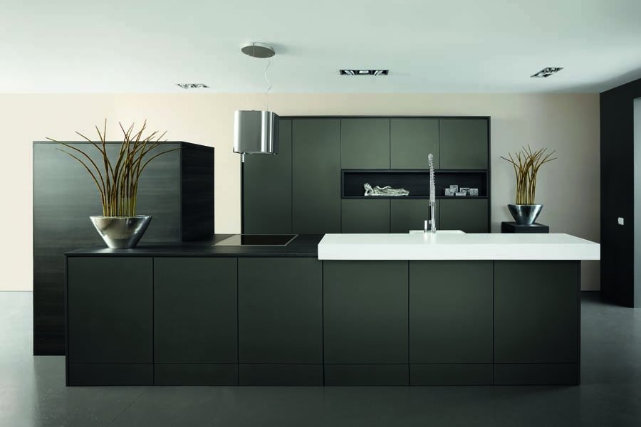 Keuken Zwart Blad : Zwarte keuken inspiratie keukenstudio maassluis