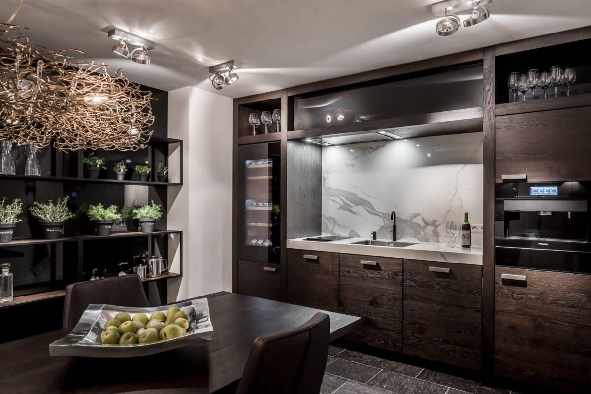 Inspiratie Donkere Keukens : Zwarte keuken inspiratie keukenstudio maassluis