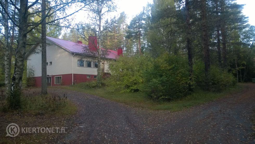 Myytävänä vanha kyläkoulu