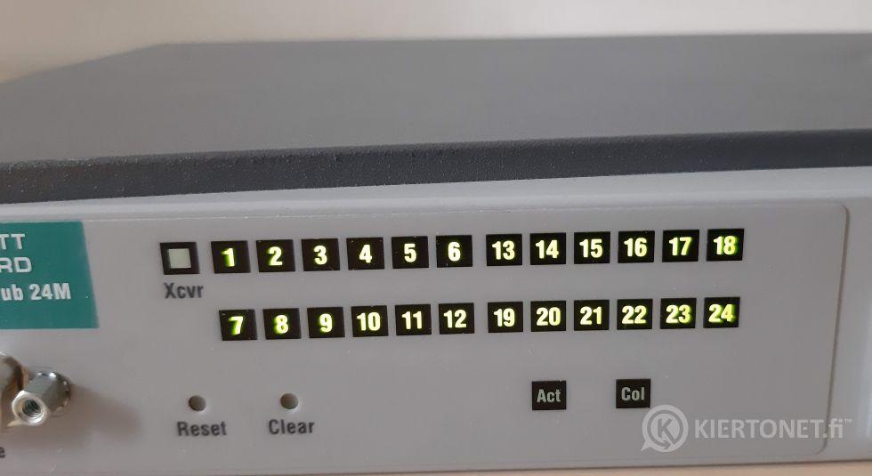 HP J3303A 10Base-T Hub