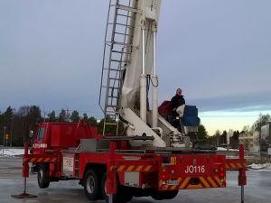 Puomitikas Bronto Skylife 30-2TI, SISU SK210 CKH, 6x2