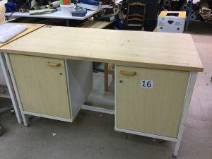 Työpöytä (nro 16)
