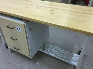 Työpöytä (nro 11)