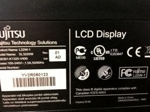 Fujitsu SL22W-1 LCD näyttö