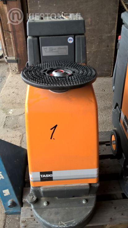Siivouskone nro 1 - Taski