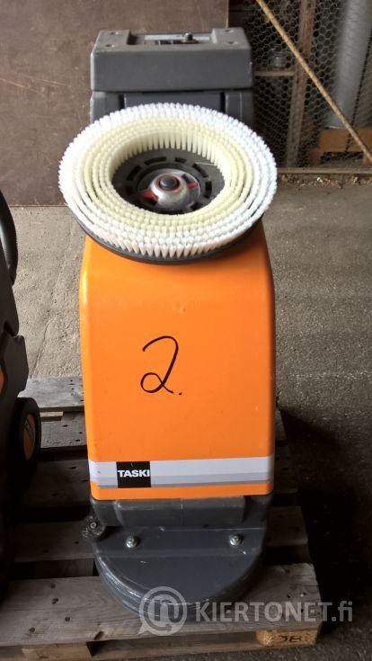 Siivouskone nro 2 - Taski