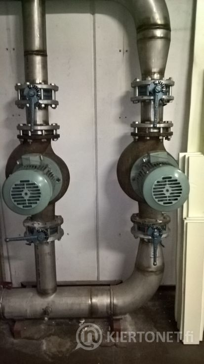 Pumppuryhmä (2 kpl pumppuja) putkistoineen