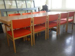 Kokouspöytä + 10 tuolia
