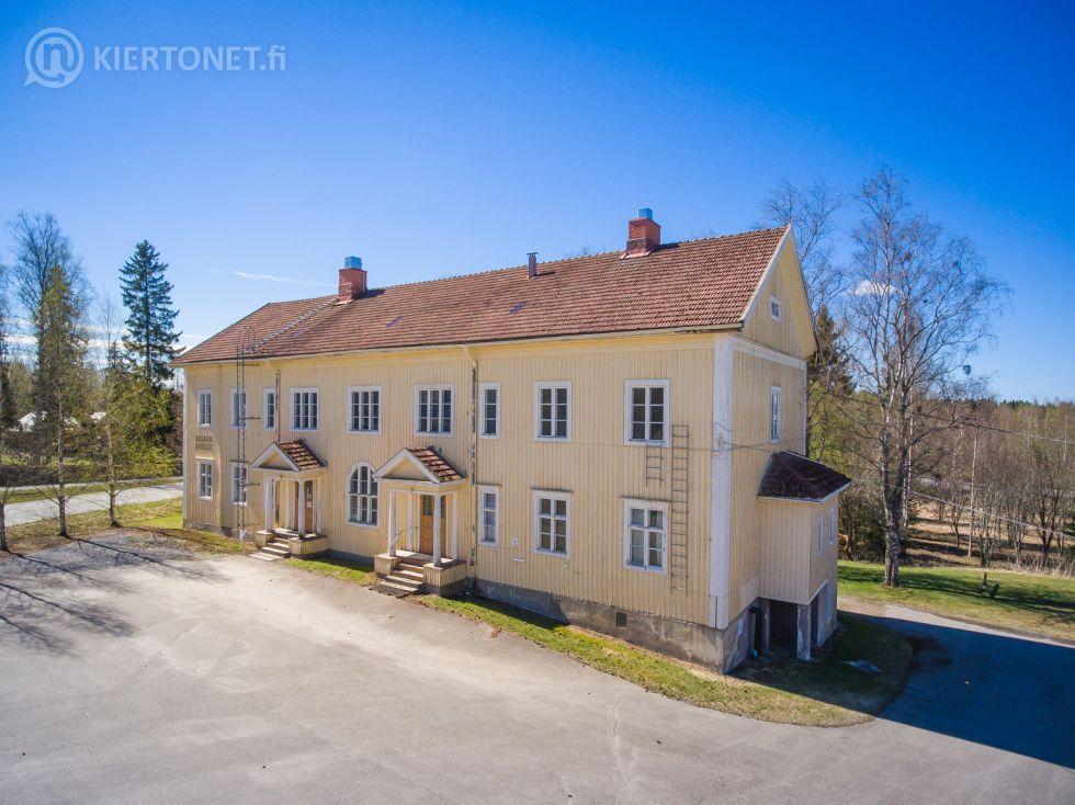 Reininkoulu + pihatupa, Jurva - 1920-luvun koulurakennus ym.