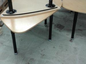 toimistopöytiä  3 kpl
