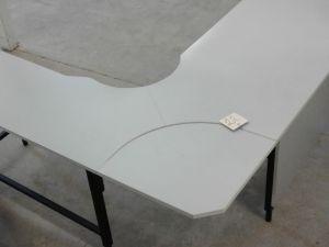 Toimistopöytä
