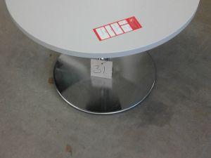 Pöytä pyöreä valkea