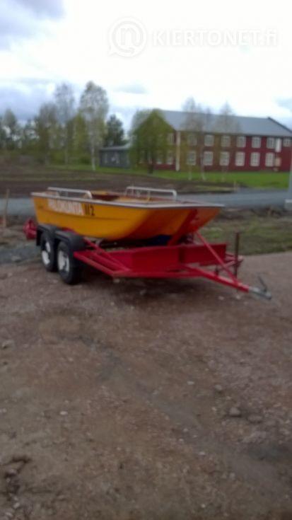 Vene, traileri ja perämoottori