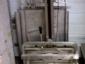 Keittiön nostolaite (150 kg asti)