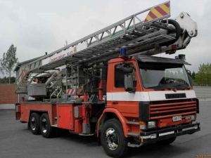 Scania P 93 H(L) nostolava