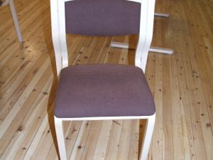 Käsinojattomia tuoleja 4kpl (1)