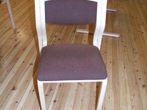 Käsinojattomia tuoleja 12kpl
