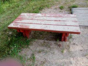 Leikkipöytä
