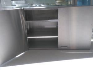 Rosterikaappi hyllyillä L100 (2)