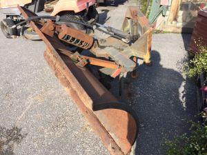 Myydään lumilevy (LM-Track 480/485)